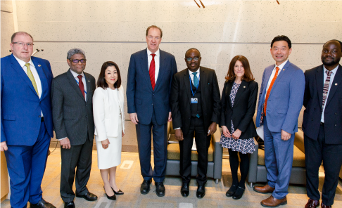 Photo of MIGA event participants at the 2019 World Bank Group/IMF Spring Meetings